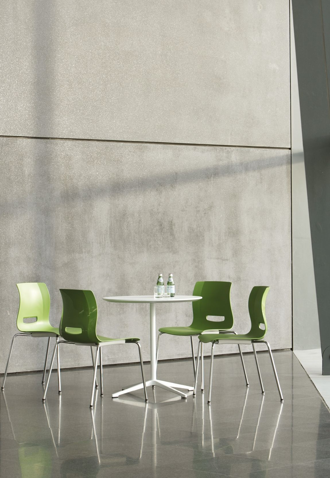 Modern Lunch Room Chairs