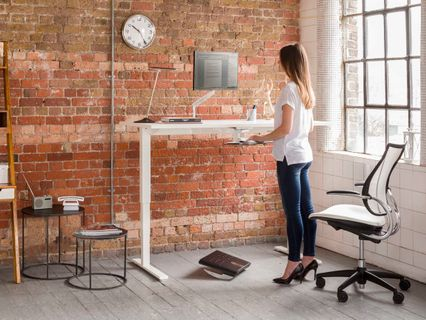 The Most Revolutionary Sit-Stand Desk Design