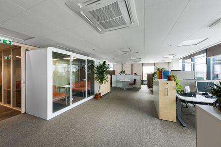 Soundproof Office Pods